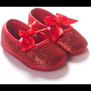 Red glitter baby shoes Dorothy wizard of Oz 6-9 m